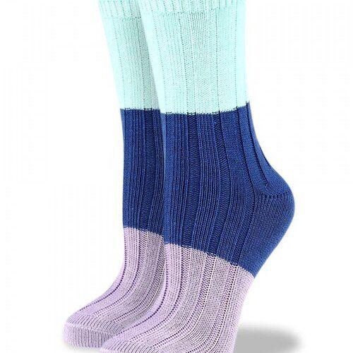 Idei Cadouri de Craciun  Sosete groase de bumbac cu model colorat raiat Socks Concept BRG609